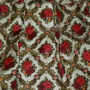 VINTAGE RETRO 2 Pair Of Floral Pleated 2 Curtains